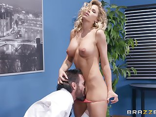 sexy Jessa Rhodes enjoys rough fuck prevalent her boss in the office
