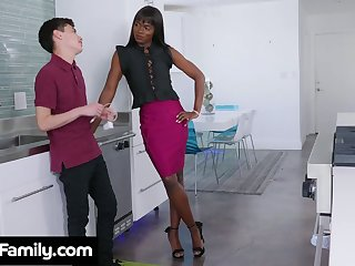 Amerce dismal stepmom Ana Foxxx bangs white stepson befitting in the kitchen