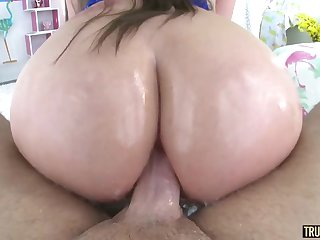 Hard One-Eyed Snake In Big Rump End - Xozilla Porn Movies