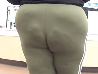 BBW LOVERS ONLY TREAT