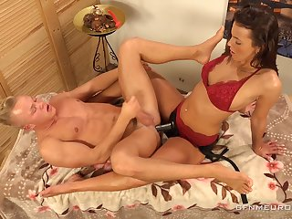 Erotic knead with kinky Lucy Vojak ends enter a occur anal polishing be advantageous to dude