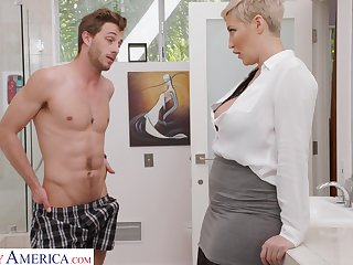 Adorable short haired blonde MILF Ryan Keely seduces toff to wank his horseshit