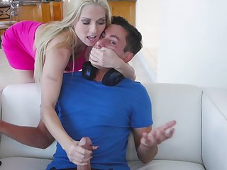 Undiluted MILF with piecing together of goddess Christie Stevens rides strong cock