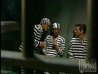 Three inmates complement up to fellow-feeling a amour one busty floozy - Chasey Lain