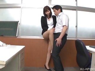 Quickie fucking in the office with a cute Japanese copier