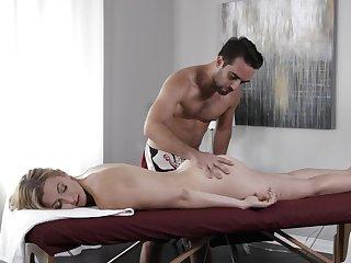 Back massage turns into passionate fucking with sexy Alexa Grace